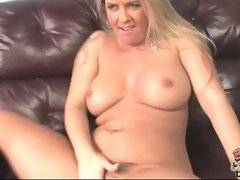 Cockloving mature chick gets crazy about dude`s thick black dick.