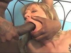 Dirty mature chick brings life to her sexual fantasies.