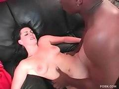 In this sex video you can see interracial bang