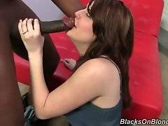 Amateur bitch wants to satisfy her black fucker