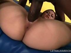 This pretty bitch is masturbating her pussy