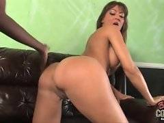 In this porn video you can see dirty Michaela Mancini