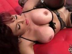 In this porn video you can see dirty Vanessa
